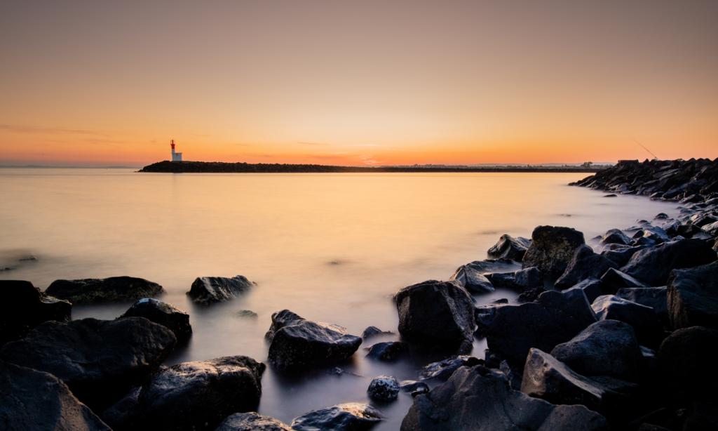 Leuchtturm im Abendlicht